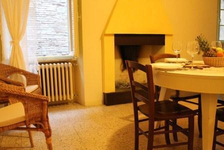 Etruscan Retreat in hilltop, walled village. 3 bed, 2 baths, disabled access., vacation rental in Bettona