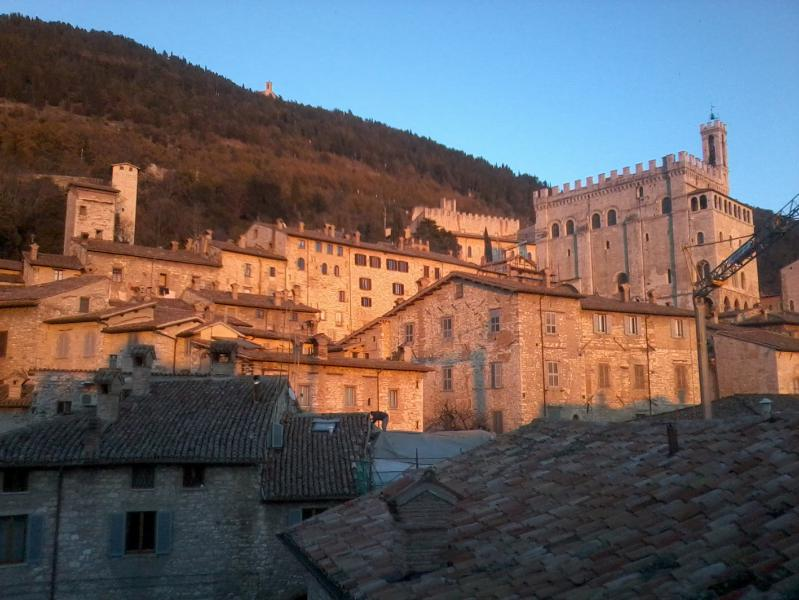 Stunning view apartment in Gubbio -  medieval festival Aug. 18-19, vacation rental in Ponte d'Assi