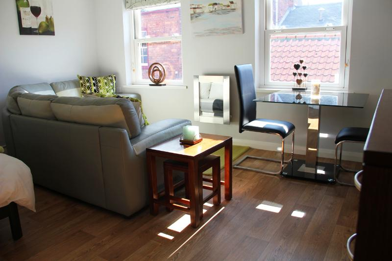 Modern, fresh and homely living and dining