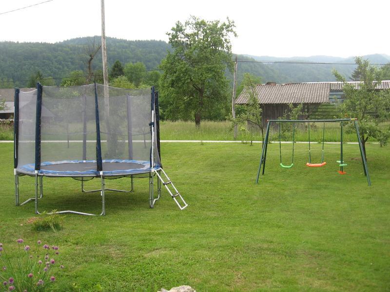 yard trampolin
