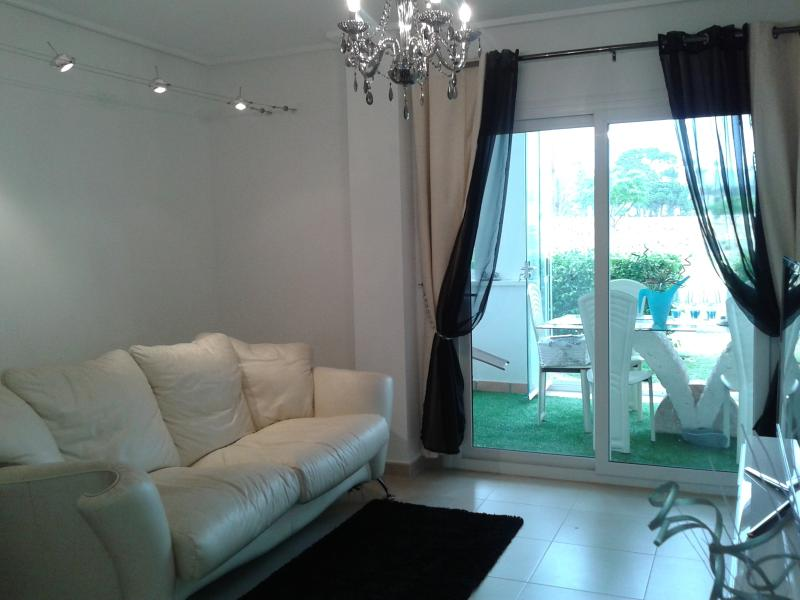 Luxury Apartment. Oozes opulence, Packed with technological gadgets & fine comfortable furniture