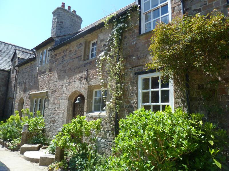Vista lateral de Ebbingford Manor