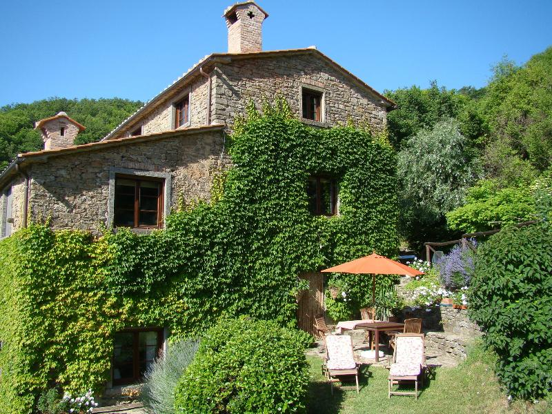 Home-from-home comfort in the Tuscan hills, location de vacances à Cortona