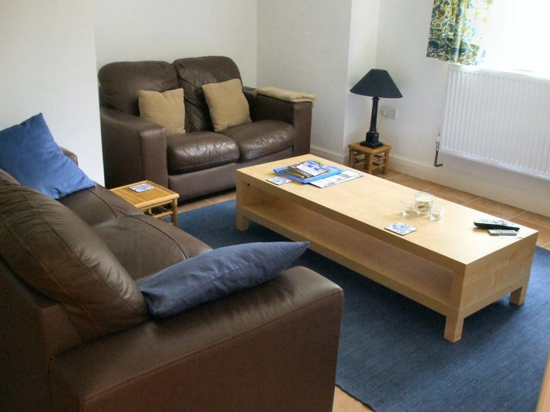 Comfortable and cosy lounge, sky TV, DVD's, CD's, books and games.