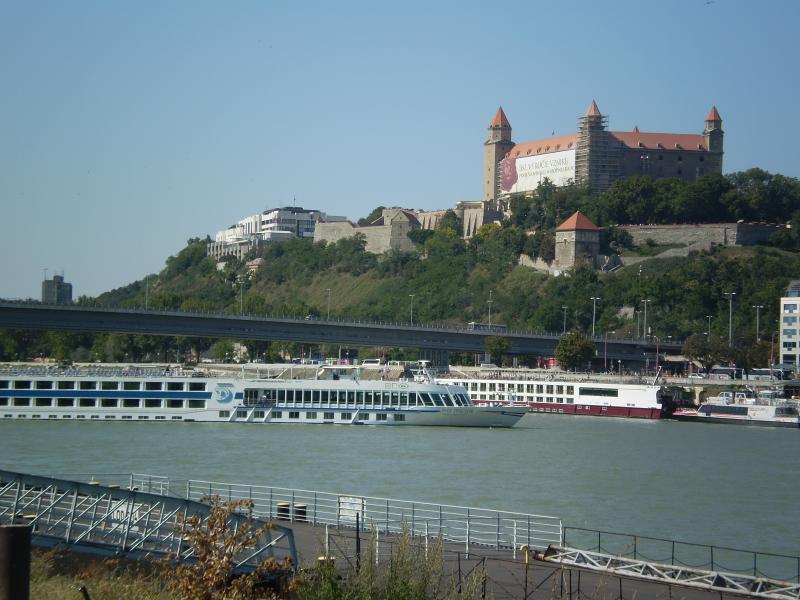 la vue sur le château des rives du Danube, à quelques minutes de l'appartement