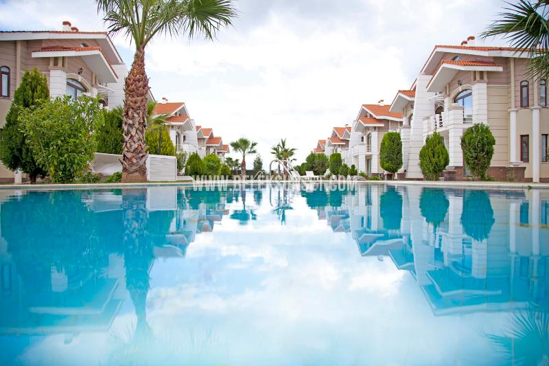 2 clean and hygienic swimming pools
