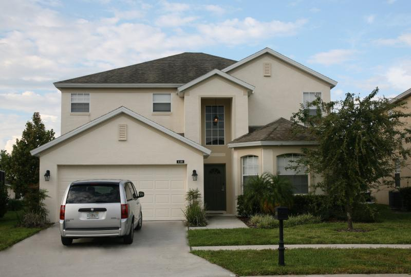 Front of Villa - Bonville Drive, Highlands Reserve Golf & Country Club, Davenport, Orlando, Flor