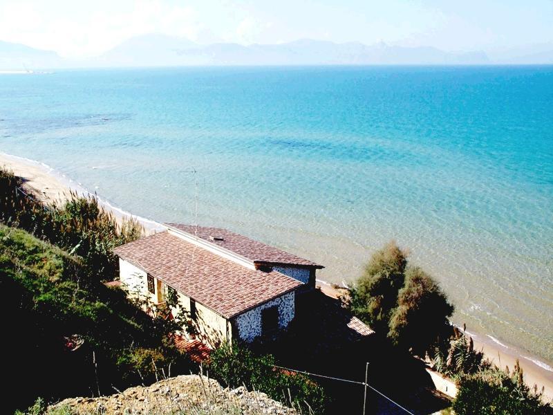 villa sul mare, vacation rental in Trappeto