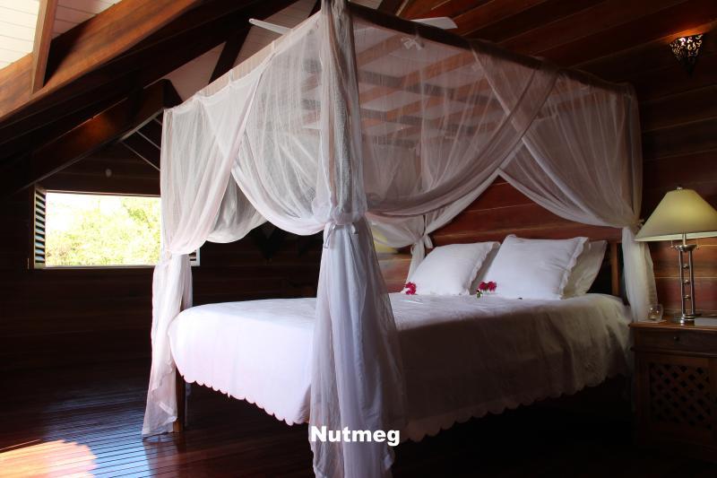 Nutmeg ensuite bedroom