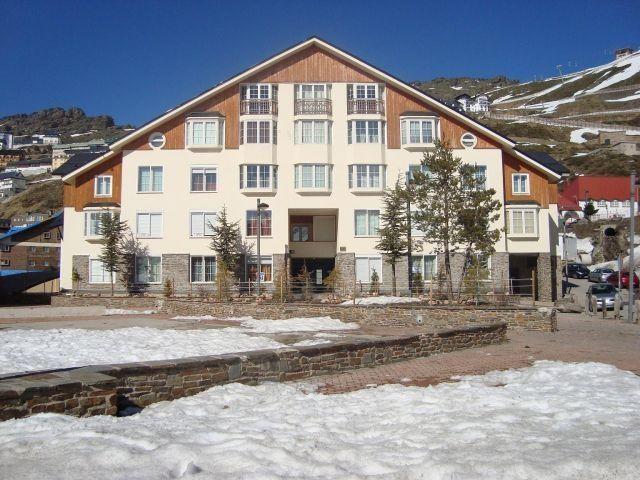 Apartamento para 6 personas en Sierra Nevada, holiday rental in Cogollos de Guadix