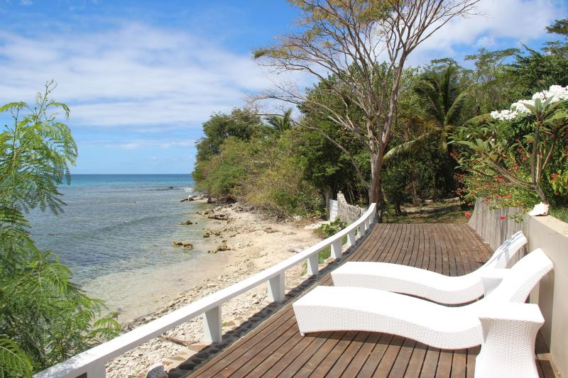 Beach deck and beach cove
