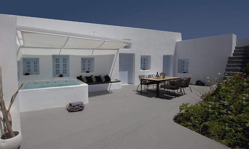 ANEMOLIA VILLA, aluguéis de temporada em Santorini