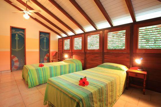 2ème chambre avec posibilité de 3ème et 4ème lit.