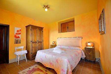 Monistero Saccione Villa Sleeps 2 with Pool - 5229113, holiday rental in Vitiano