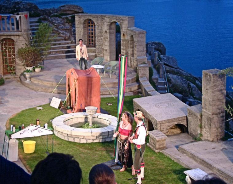 An evening at the Minack