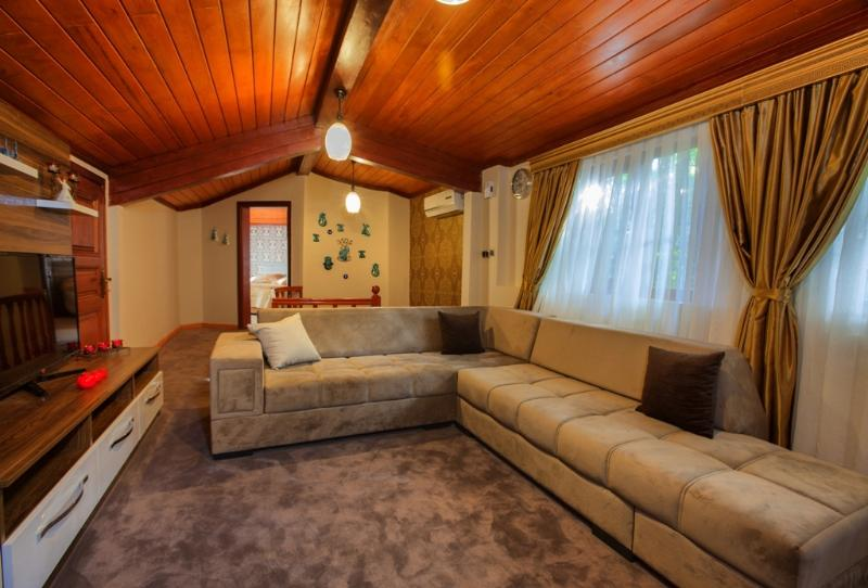 Pashas House Istanbul No:3 Family Apartment in Sultanahmet Kadirga, holiday rental in Istanbul