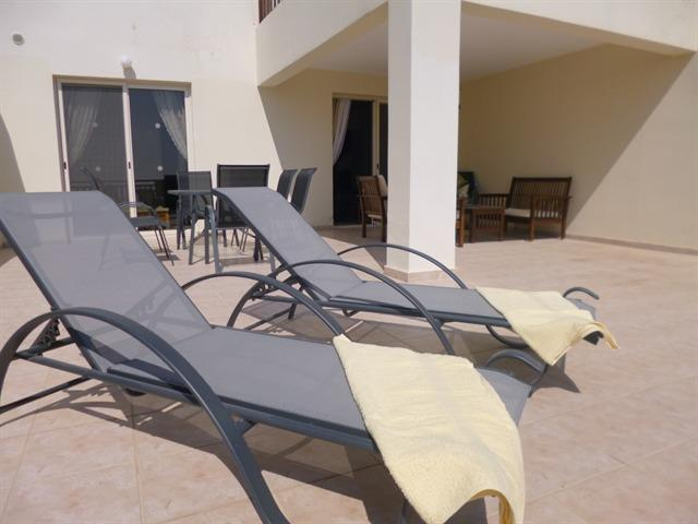 Fabulous balcony with panoramic views. Ideal for sunworshippers