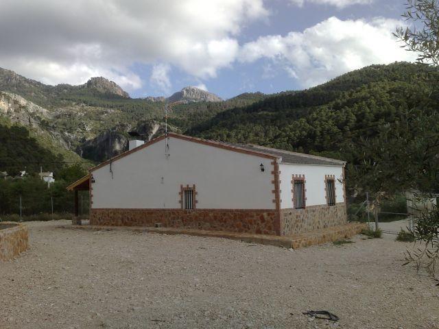 bas sécurisé Extérieur du parc national de la Sierra de Cazorla et villas