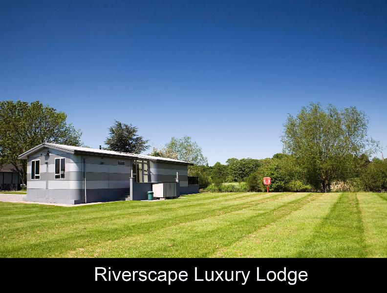Riiverscape Lodge