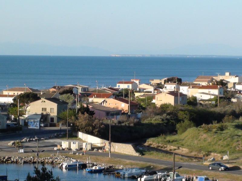 Superbe vue de la terrasse sur la mer à 300 mètres
