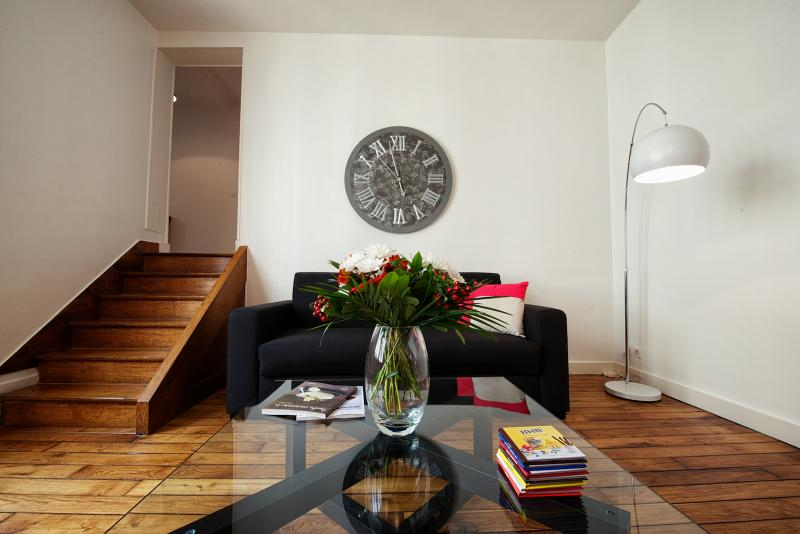 F2 48 M² POUR 4. 15 min Paris, vacation rental in Poissy