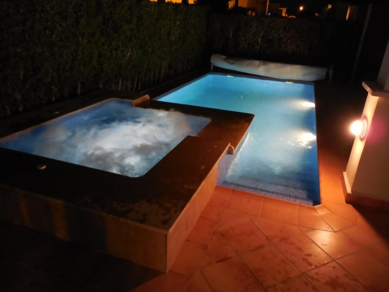 The villa is for ALL year round use. Fully tiled anti slip tiled patio. Heat spa and pool options