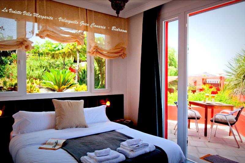 La Vedette Villa Margarita - Valsequillo Gran Canaria - Private terrace Bedroom