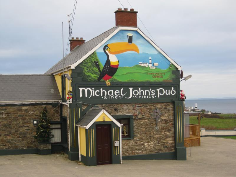 Popular local pub, 5 minute walk