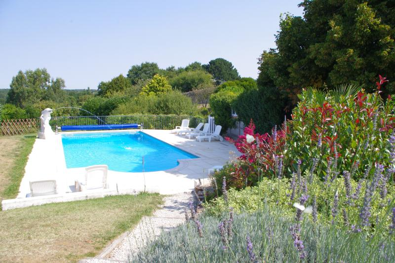 Dolphin Gîtes, The Laurels, Vendée, vacation rental in Vendee
