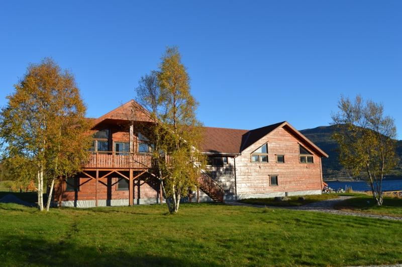 Eriks Viking Lodge 4, holiday rental in Sunndalsora