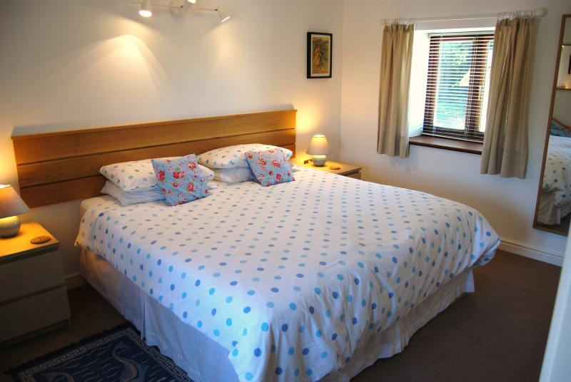 Bedroom 1 has a comfortable super king size double bed which can convert into twin beds if required.