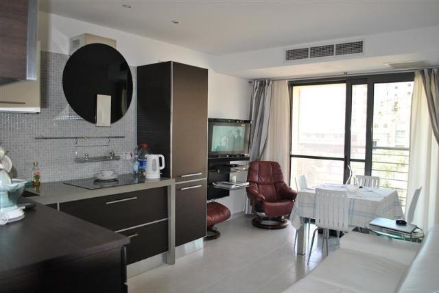 Portomaso  Apartment, vacation rental in Mqabba