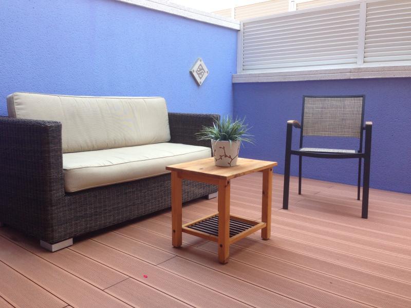 Elegant decor on our splendid terrace of 35 m2 for maximum comfort.