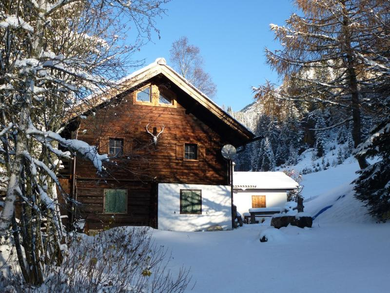 Dienten Cabin in winter