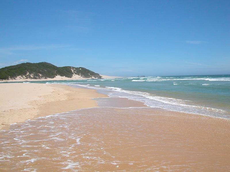 Here is the main beach.