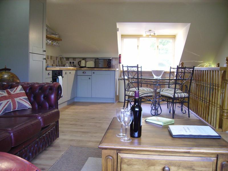 El salón y cocina/comedor están arriba para maximizar las vistas