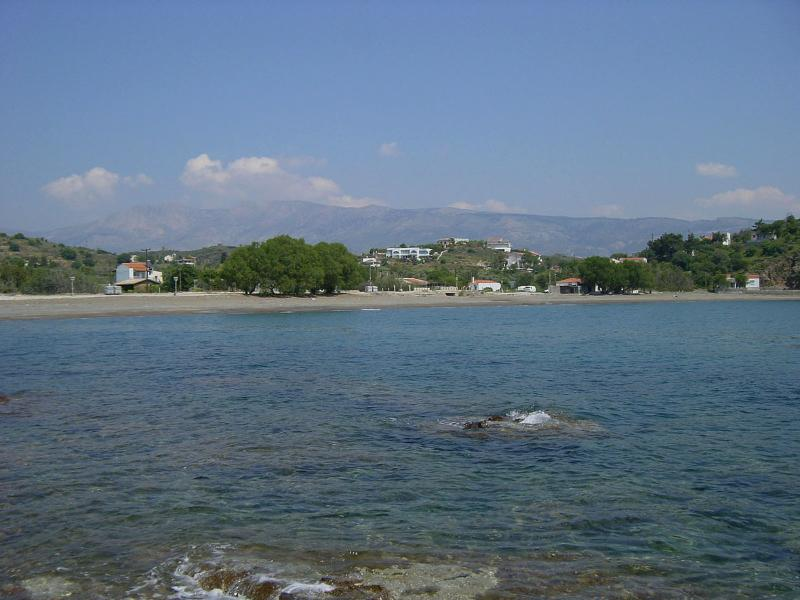 Limnos Beach with it's two tavernas to choose from