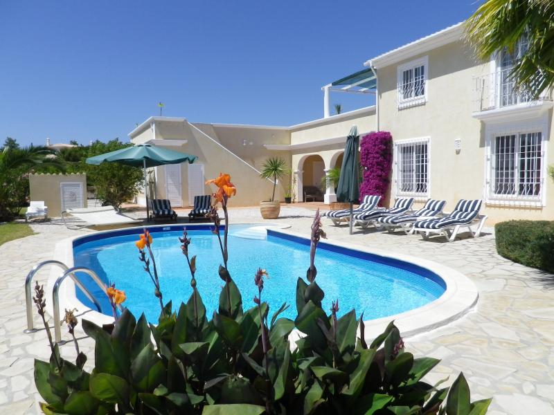 Casa Provence, holiday rental in Caramujeira
