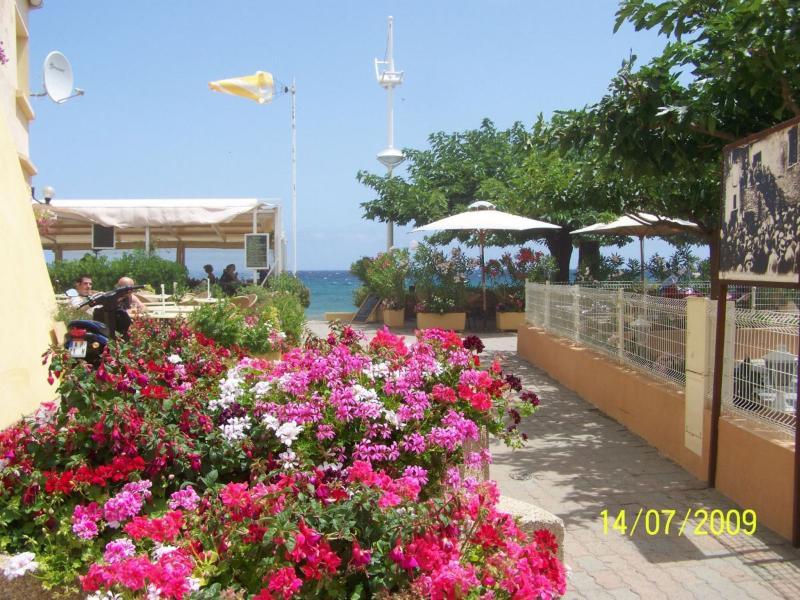 Appart. Corse 5 min de la plage avec climatisation, holiday rental in San Giuliano