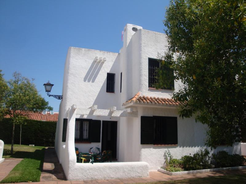 Maison Type Ibicenca 8 personnes dans petite résidence