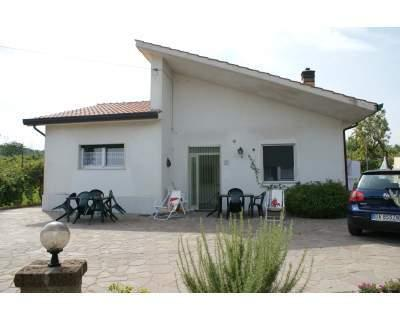 villetta in collina, holiday rental in Avellino