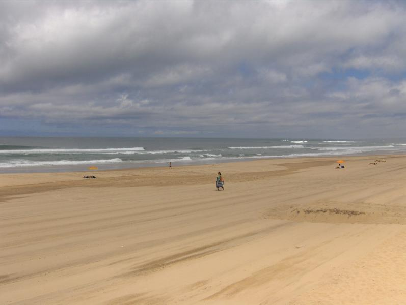 Praia Pequena (Arribas); DOGS allowed; 10min./10km by car from the STUDIO