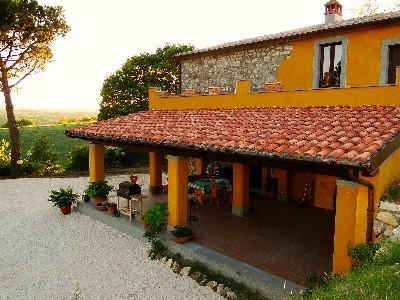 Casa Segreta, in the astonishing countryside of Umbria, facing the Tyber Valley!