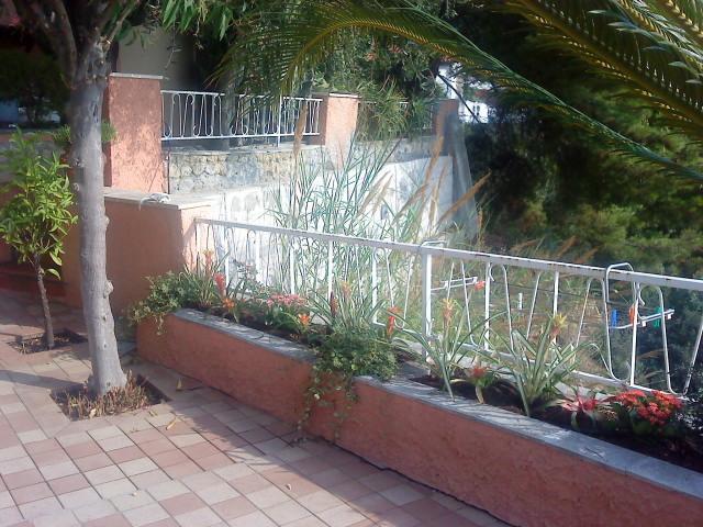 terrazzo verso giardino