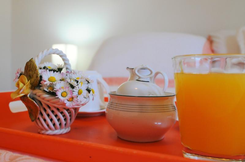 Breakfast 1st Bedroom