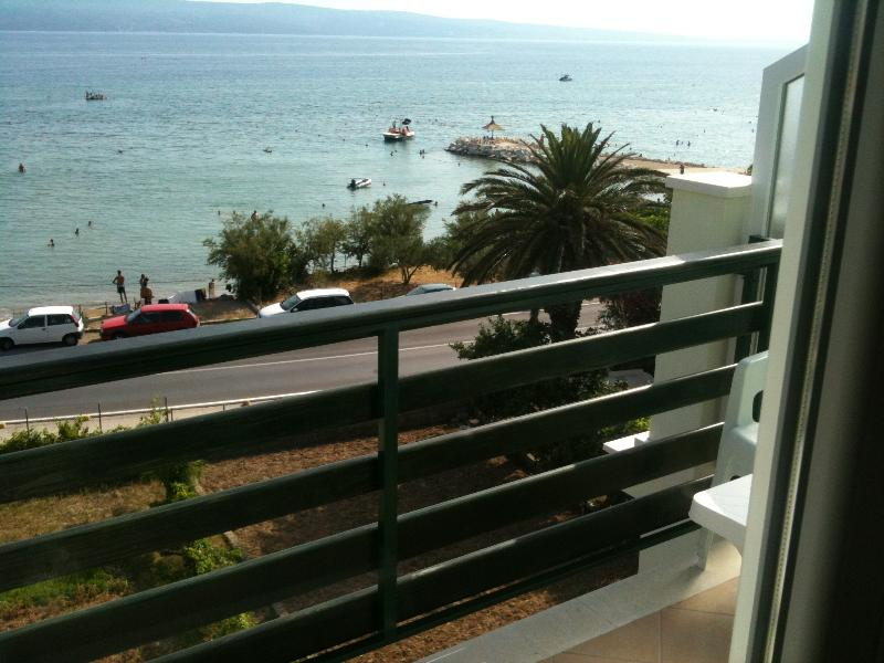 Apartment SEA VIEW 1, holiday rental in Dugi Rat