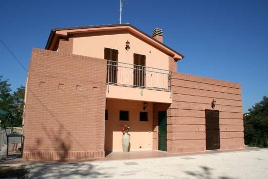 Farmhouse La Collina delle Str, vacation rental in Angeli Stazione