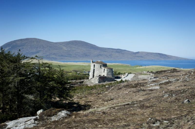 The Broch has commanding views across the Sound of Taransay