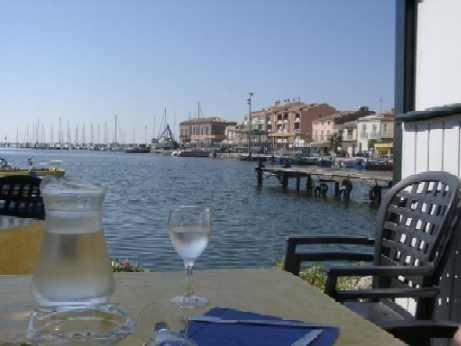 Meze with bars and restuarants clustered around the port