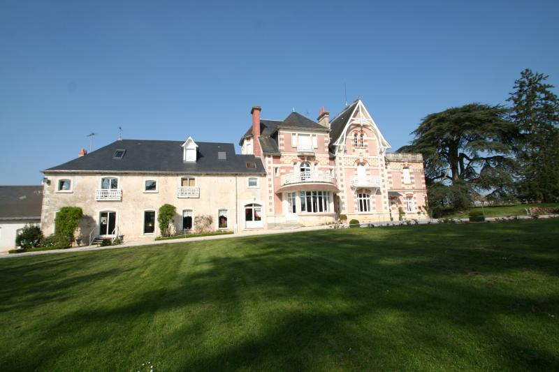 La Poignadiere Gite 4 chambres, holiday rental in Argy